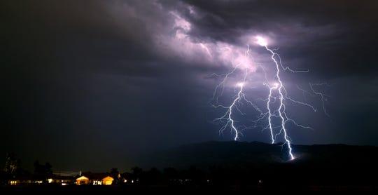 Esta imagen fue tomada en Tucson el pasado 14 de julio, fecha en que dicha área tuvo actividad monzónica.