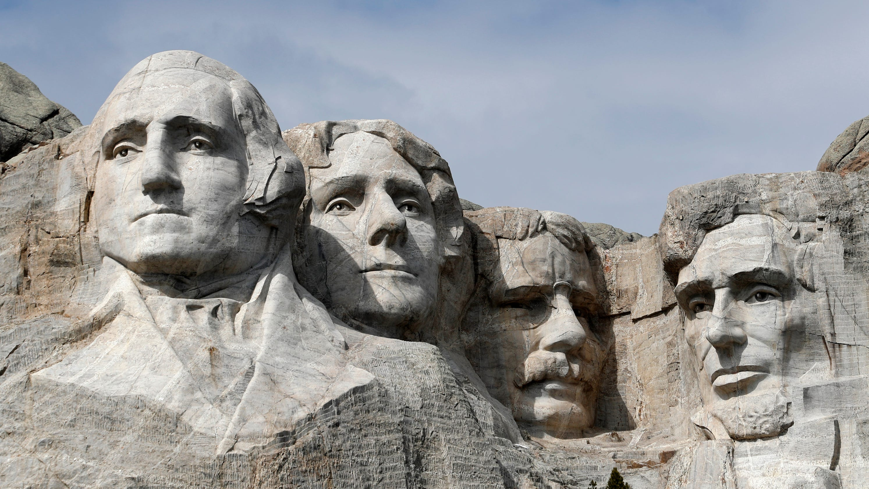Mount Rushmore: Nebraska woman arrested after climbing monument