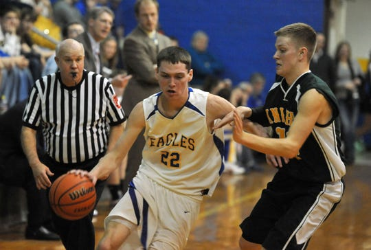 Zac Rea played high school basketball at Cambridge City Lincoln.