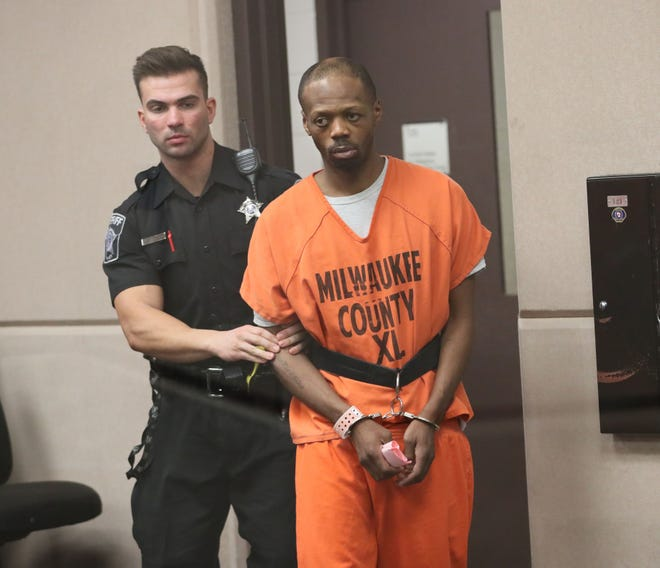 Antonio Bratcher appears in intake court for the shooting of a 3-year-old Brooklyn Harris and other crimes.