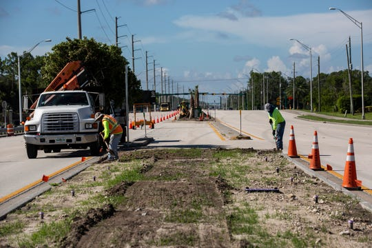Collier Considers New Strategies For Median Landscaping