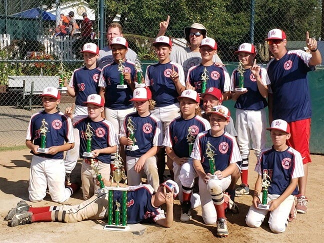 North Newark Bombers won a 12U tournament in Mansfield.