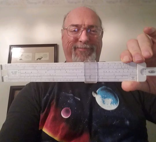 Barry de Versterre, of  Califon, New Jersey, learned to use a slide rule when he was in high school in Warren Township, but mastered it as a student at Newark College of Engineering. But by the time he graduated in 1977 with an electrical-engineering degree, slide rules had been replaced by pocket calculators.