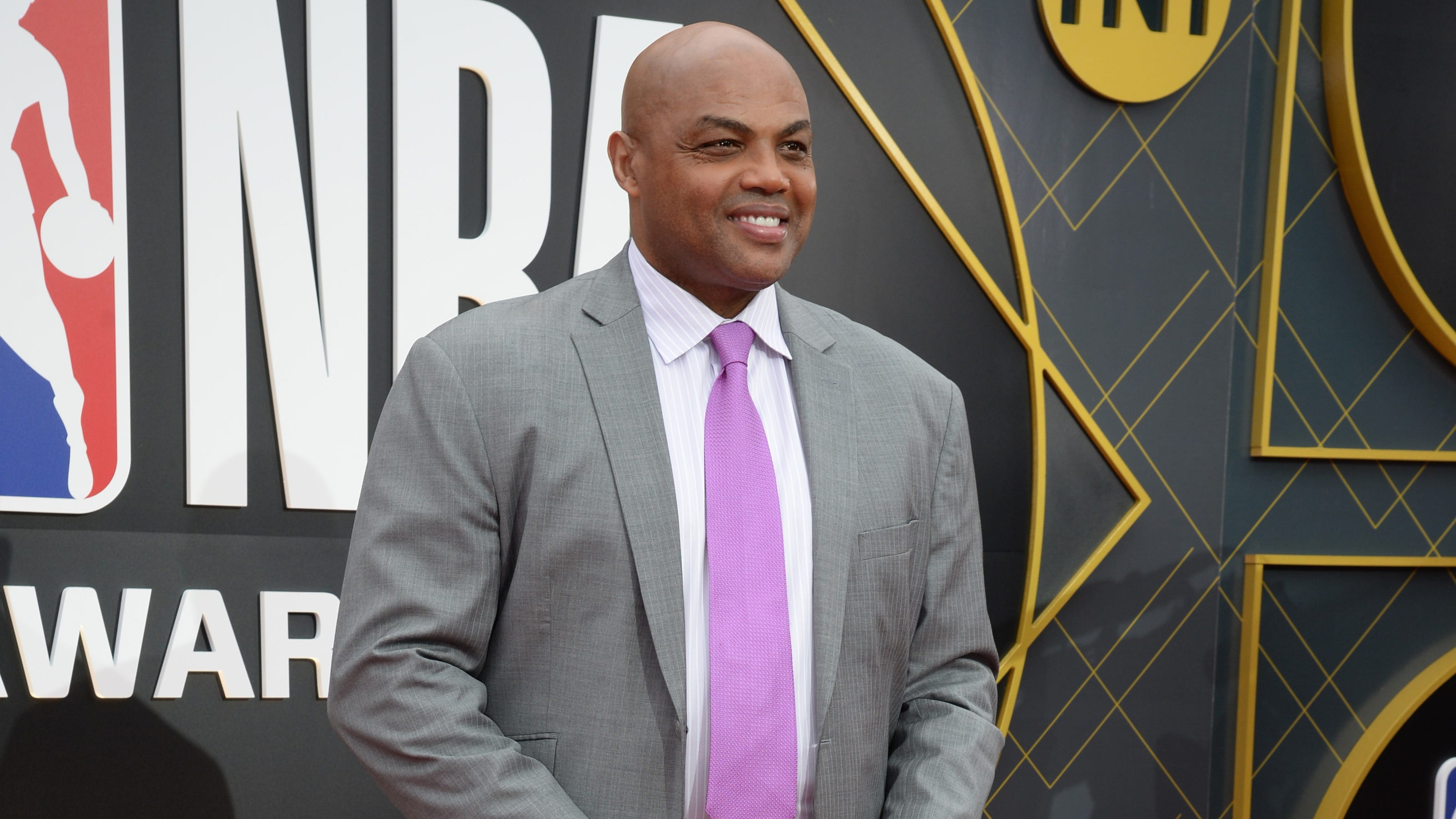 Charles Barkley: Zion Williamson isn't fat but must lose weight