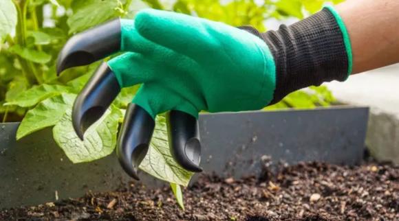 Weidest Amazon Deals: Garden Genie Gloves