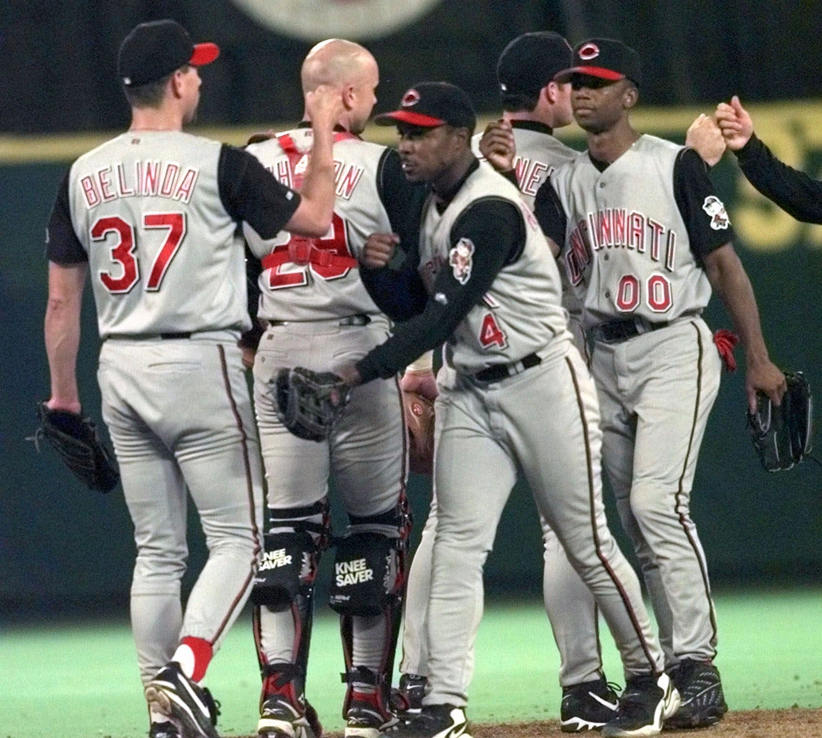 GALLERY: Cincinnati Reds have a nine homer night vs. Philadelphia Phillies on Sept. 4, 1999