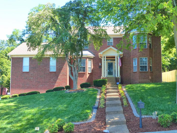 SUMNER COUNTY:  408 Chickasaw Trail, Goodlettsville 37072