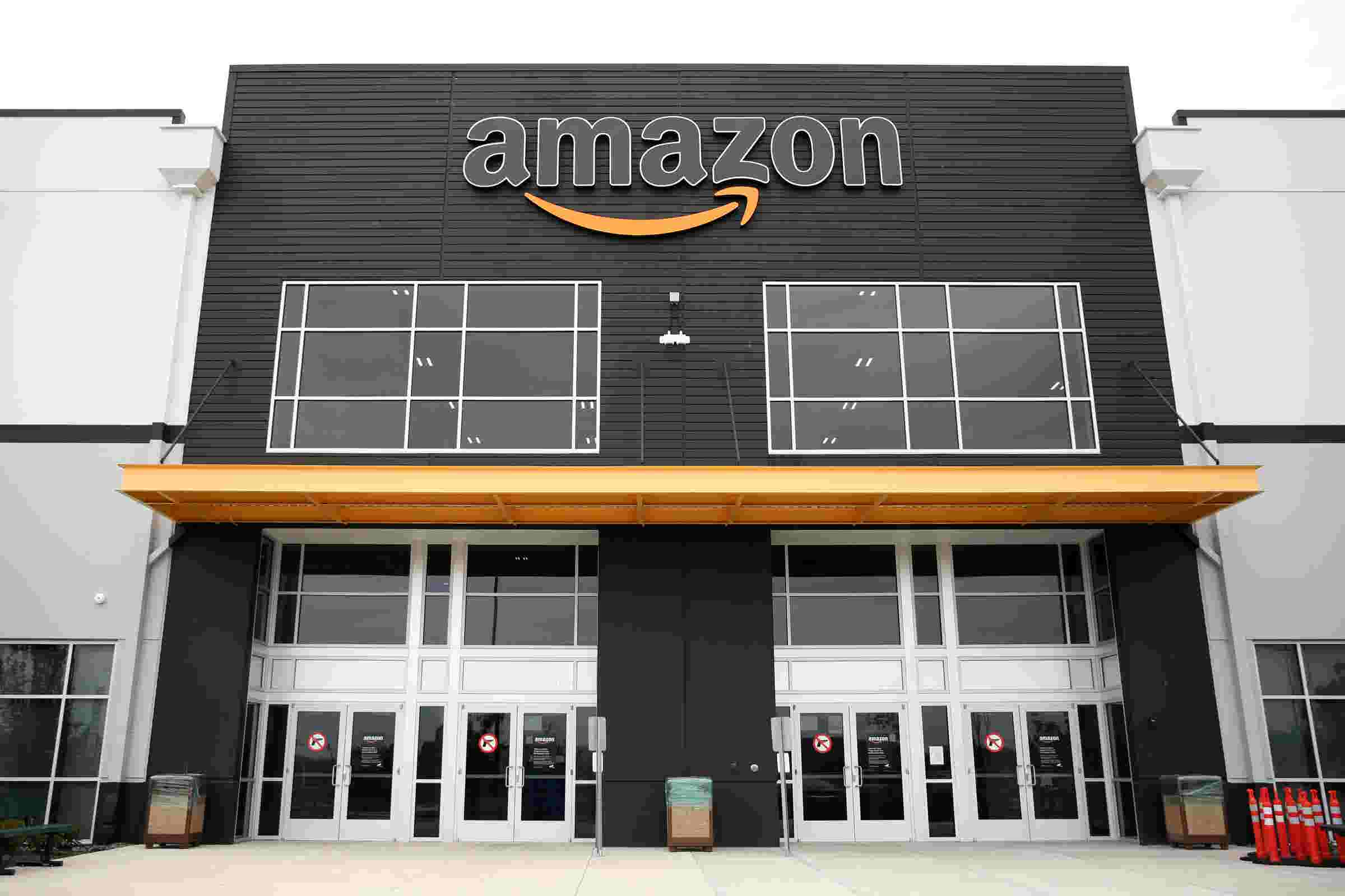 Amazon begins hiring to fill 800 positions in Salem