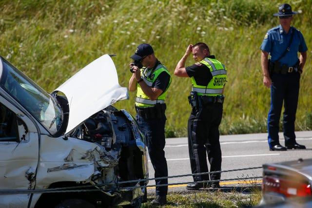 Crash shuts down I-44