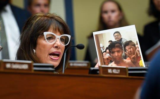 Rep. Jackie Speier, D-Calif., says migrants were denied showers in the custody of border authorities.