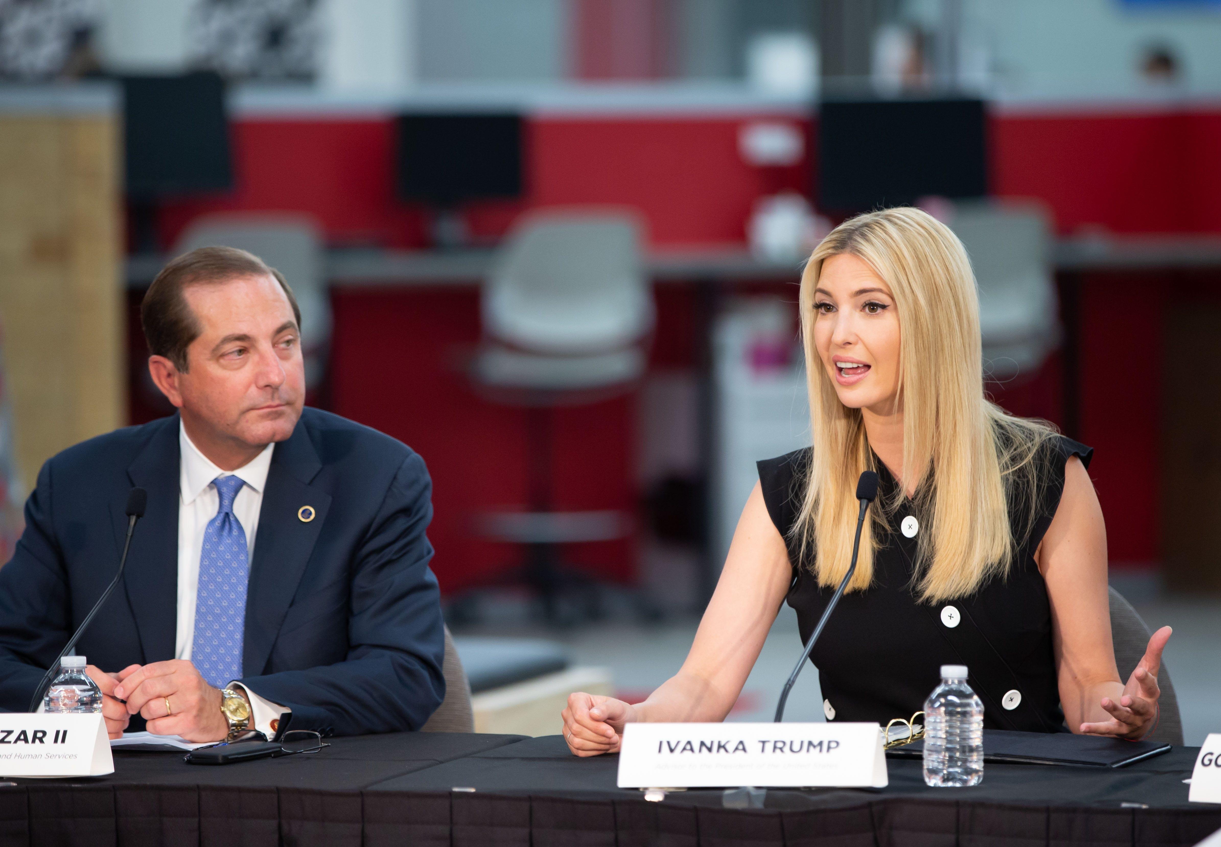 Ivanka Trump And Gov Kim Reynolds Talk Job Training At Iowa Hy Vee Center