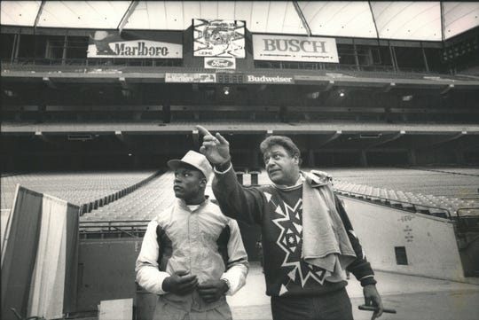 Lions first round draft Barry Sanders holds a press conference and gets a tour of the Lions facilities in 1989.