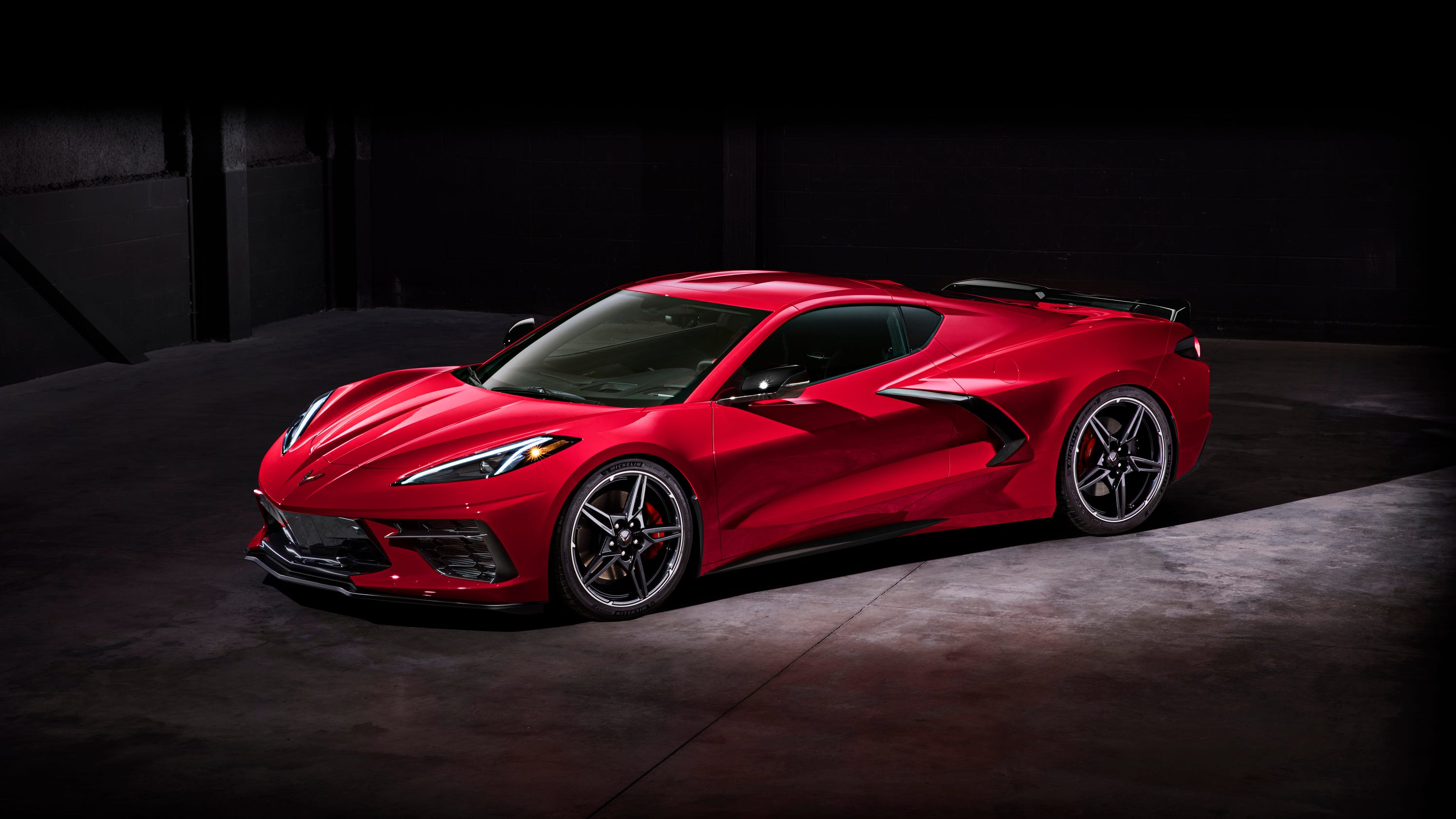 New Corvette Stingray >> 2020 Corvette C8 Chevrolet Breaks The Mold With Speed Sophistication