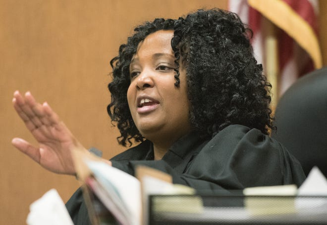 Wayne County Judge Qiana Lillard reviews juvenile life sentences at the Frank Murphy Hall of Justice in Detroit in this October 11, 2016, file photo.