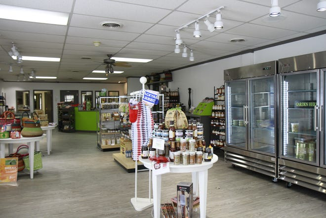 The soft-opening for the new Pizazz Corner Market will be July 27. The grand opening will be July 31.