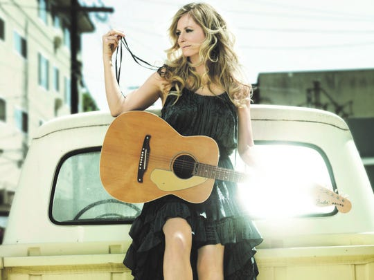 Deana Carter, award-sinning country singer and songwriter, will perform July 27, at the Spencer Theater north of Ruidoso.