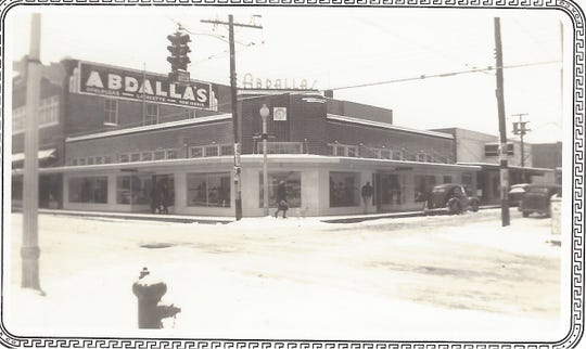 Abdalla's during the 1940 snowfall in Opelousas