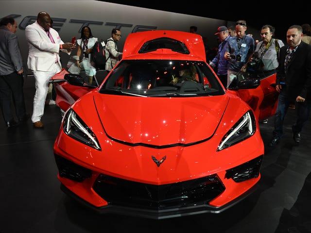 C8 Corvette Stingray 2020 Sports Car Eliminates Manual Transmission