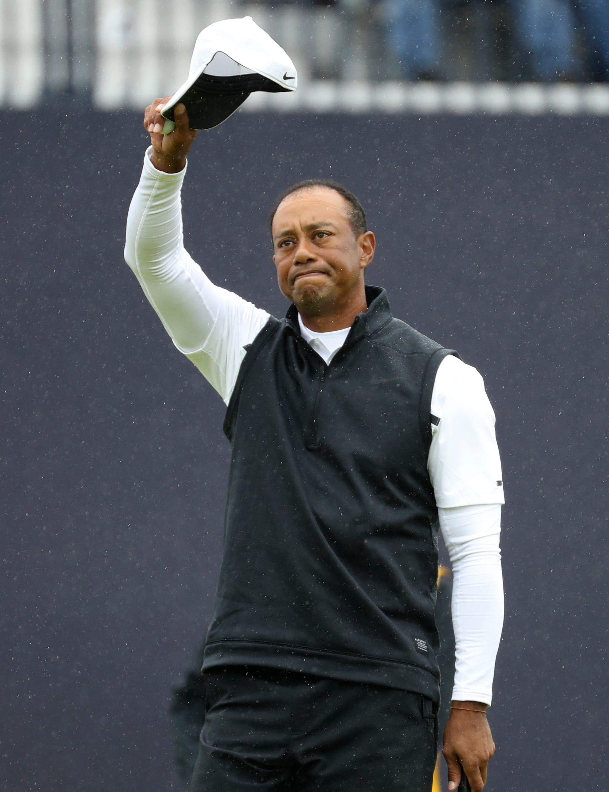 british open  tigers woods missed cut in final major of year