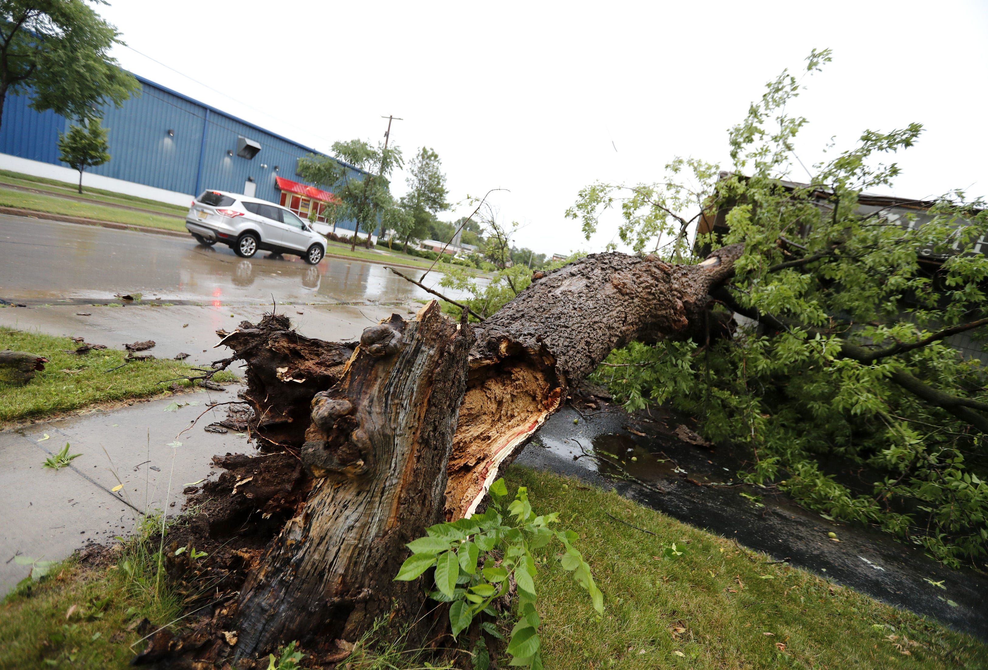Wisconsin weather: Thunderstorms, flooding, power outages reported