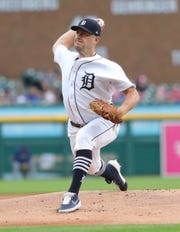 Jordan Zimmermann pitches during the first inning Friday.