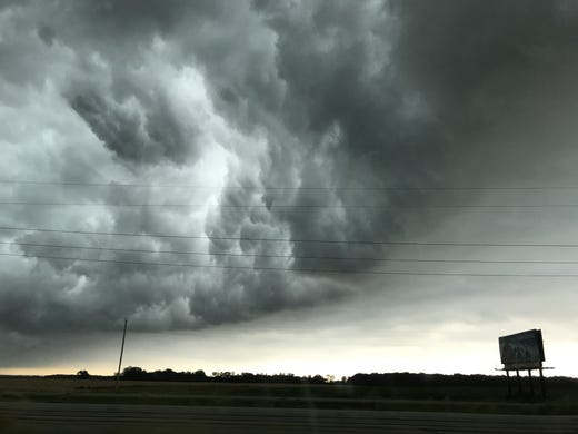 Wisconsin storm power outages: Crews working to restore service