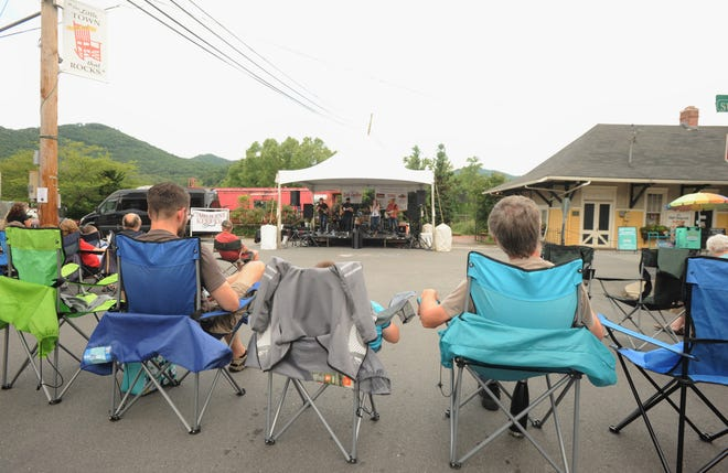 The first of three Park Rhythms concerts set to be held in downtown Black Mountain took place on July 18, when the Caroline Keller Band took the stage on Sutton Avenue as spectators watched from Cherry Street.
