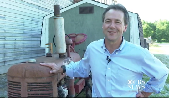 Gov. Steve Bullock visits relatives in Lowell, Iowa, while campaigning for president.