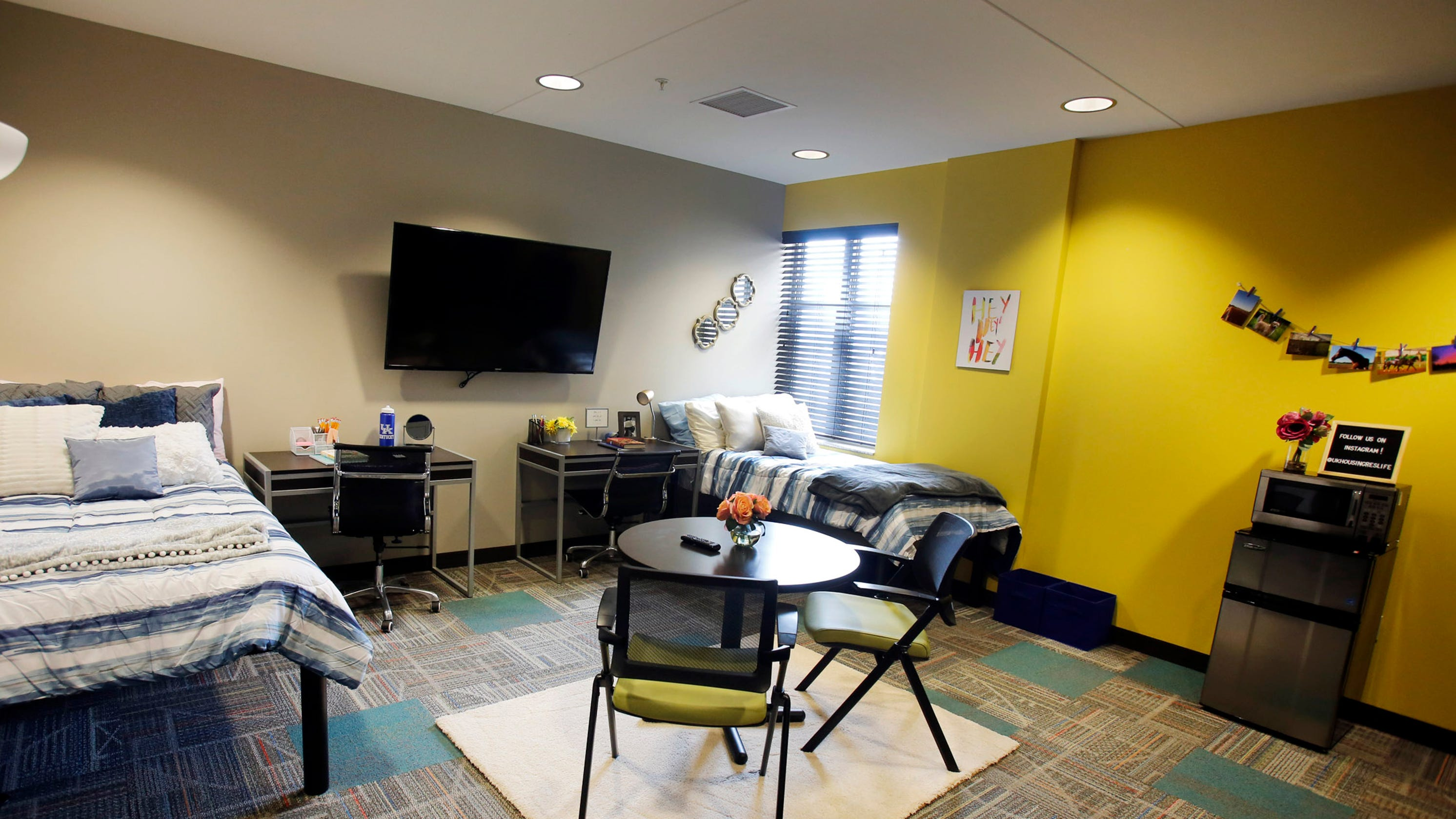 University of Kentucky overbooked dorms, working to solve ...