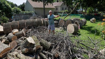Green Bay residents deal with aftermath of weekend storms