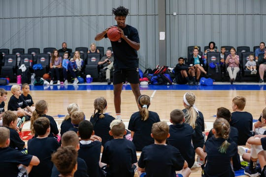 Indiana Pacers forward and Missouri State alumnus Alize Johnson talks to participants in his camp at The Basketball Movement in Nixa, Mo., on Monday, July 22, 2019.