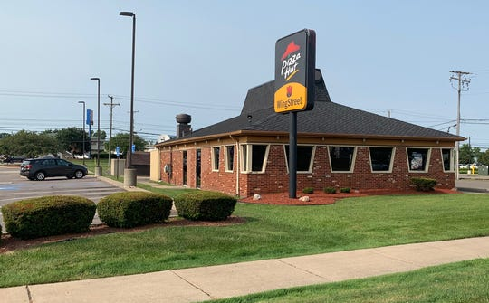 This Pizza Hut is still intact on Grand River Ave and West 10 Mile Road. Captured on July 8.