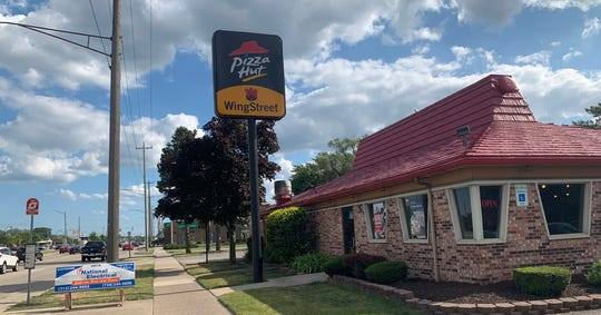 Off of Fort Street, too, this Pizza Hut location is still standing. Captured on July 9.