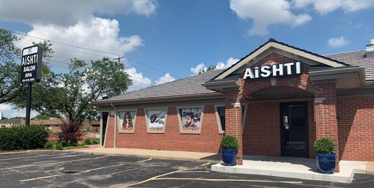 Unlike the transformations, this Pizza Hut location is now a salon and spa. On East 14 Mile Road, captured on July 17.