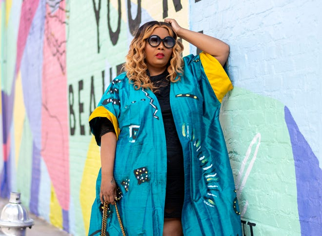 Fashion and lifestyle blogger Maui Bigelow created Phatgirlfresh.com, with 67,500 monthly unique visitors to her site and nearly 40,000 Instagram followers.