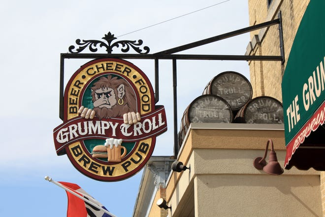 The Grumpy Troll Brew Pub, which serves up burgers, pizzas, sandwiches and tasty beers brewed onsite, is getting a new owner.