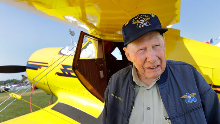 World War II veteran has been flying to EAA AirVenture since before it came to Oshkosh