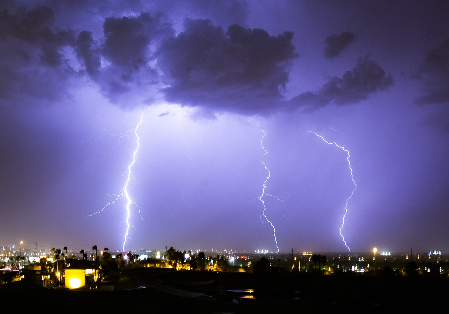 Monsoon storm passes over Phoenix with lightning and rain