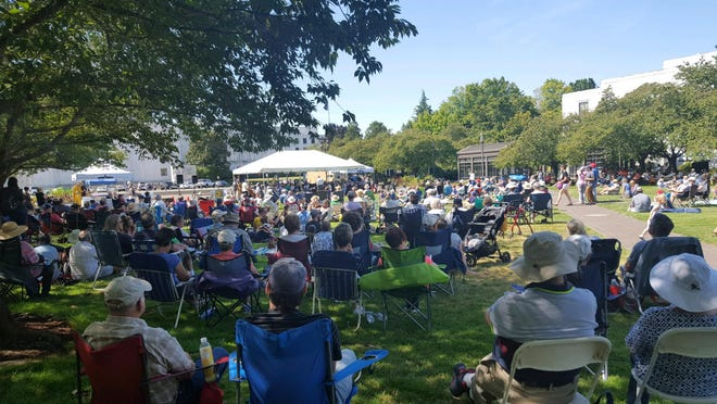 The Salem Philharmonia Orchestra will perform a free summer concert July 27 at the Oregon State Capitol Mall.