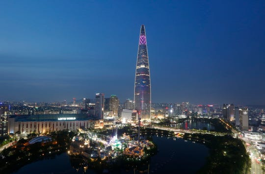 Lotte World Tower is a 123-floor, 555-metre supertall skyscraper in Seoul.It has the fifth highest observation deck in the world as well as a hotel, restaurants, and shopping.