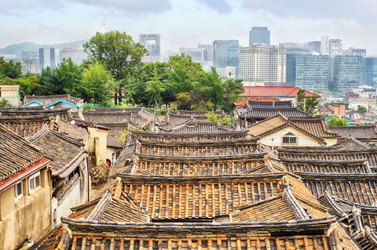Bukchon Hanok Village is a traditional Korean village in Seoul that has been preserved to reflect its 600 year history.