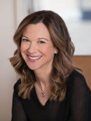 Author and therapist Lori Gottlieb.