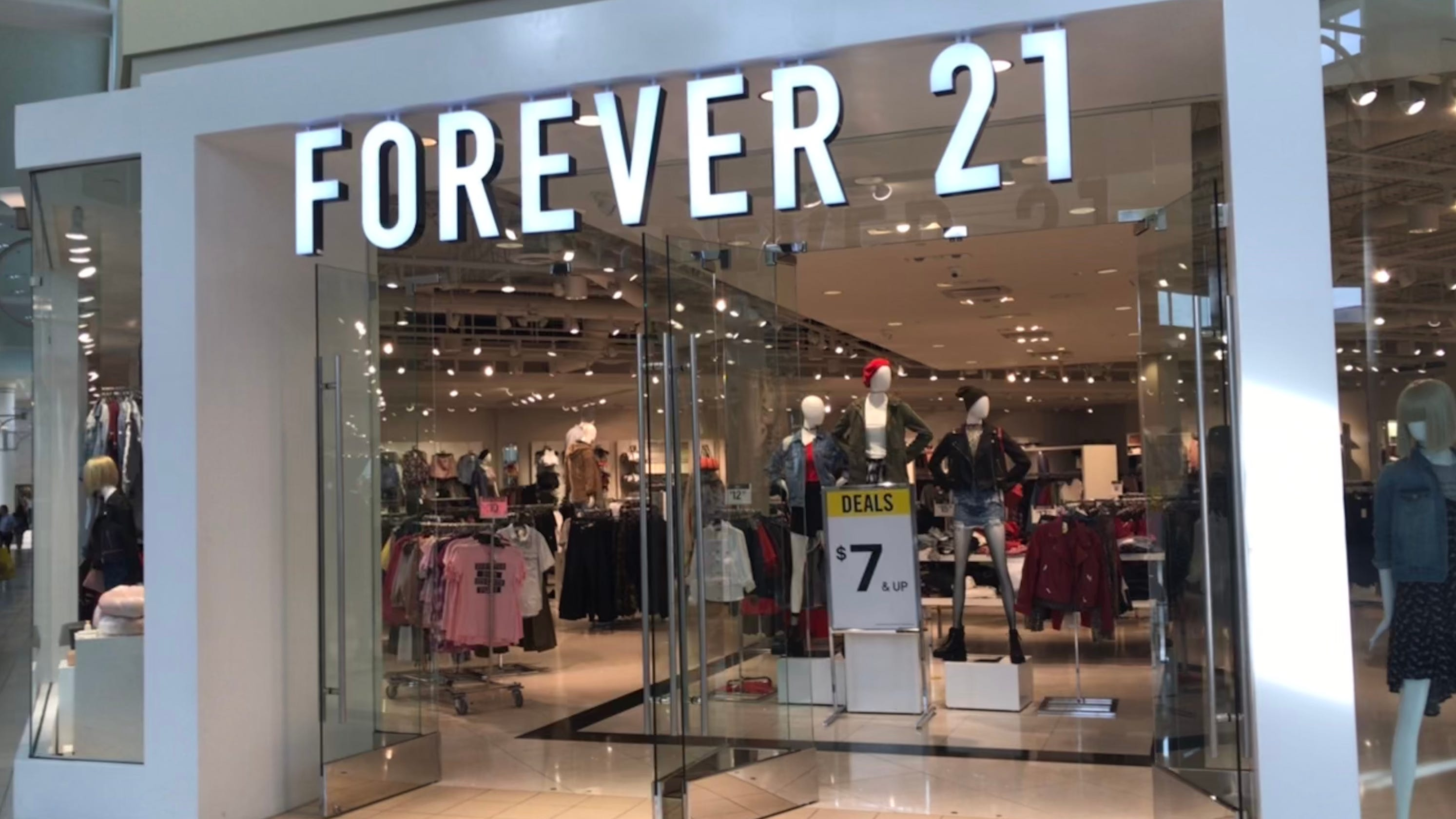 Forever 21 bankruptcy 2019: Teen retailer reportedly ...