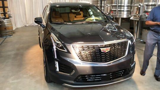 Best Led Headlights 2020 2020 Cadillac XT5 adds new engine, transmission