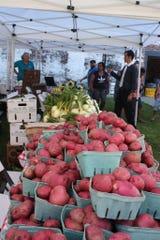 Fresh Stop Markets provide fresh vegetables for people in various neighborhoods.