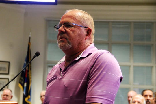 Tom French of French Brothers Homes addresses the Alamogordo City Commission July 23.
