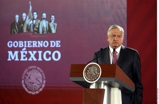 Tras ser cuestionado con respecto a la reforma en Baja California que amplía Gubernatura, el Presidente Andrés Manuel López Obrador señaló que es una hipocresía pues opositores fueron quienes la aprobaron.