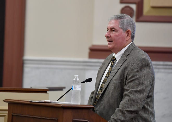 Larry Consalvos, President of IXP Corp., delivers an overview of his companies' findings in an audit of the York County 911 Center to the York County Commissioners during a public meeting, Wednesday, July 24, 2019.