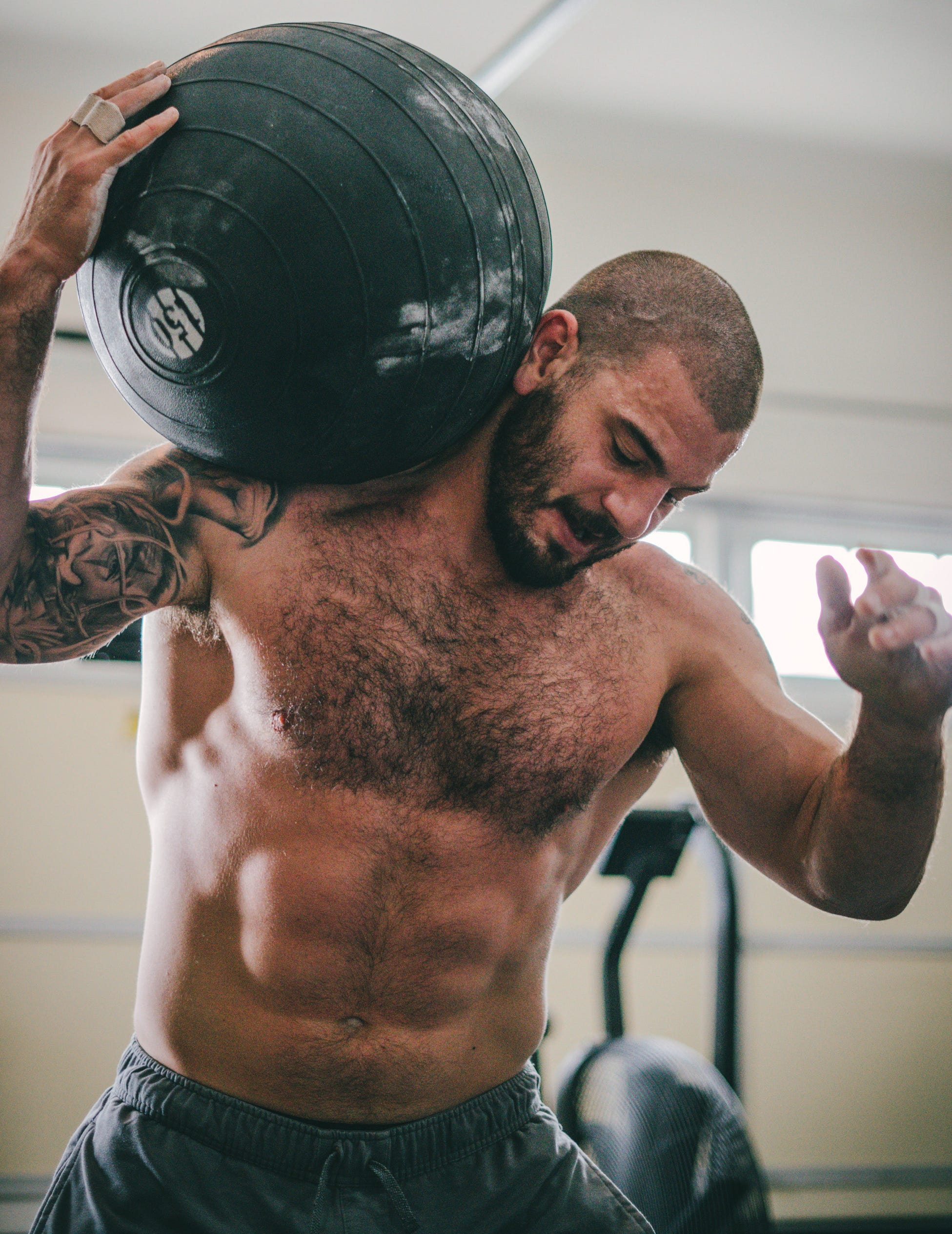 CrossFit Games champ Mat Fraser training for fourth title in