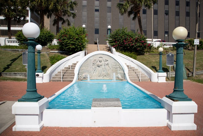 The Queen of the Sea water fountain located on North Lower Broadway Street in Corpus Christi was created by sculptor Pompeo Coppini in 1914.